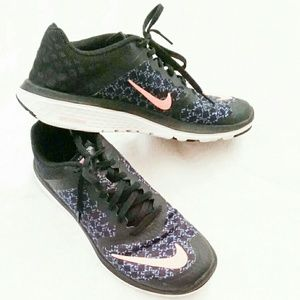 {Nike} FS Lite Run 3